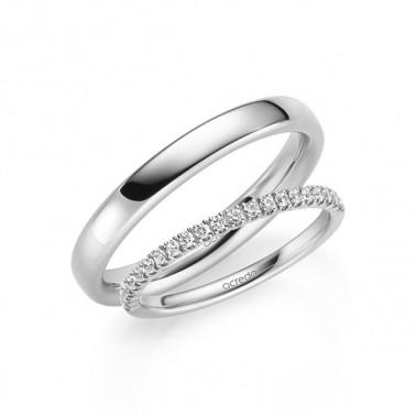 Anillo de carbono con diamantes.  - 1
